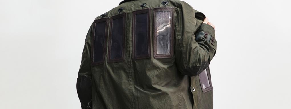 iphone-junya-watanabe-veste-a-panneaux-solaires